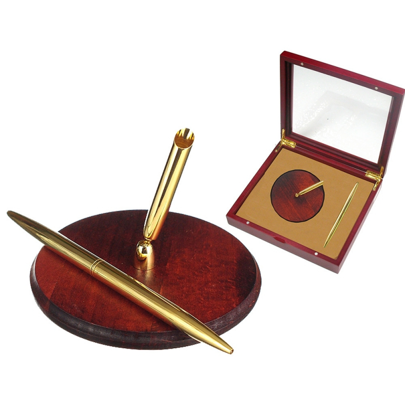 Zestaw prezentowy długopis z podstawką w drewnianej skrzynce