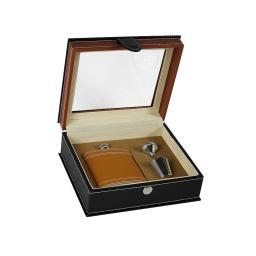 Zestaw prezentowy z piersiówką w skrzynce brąz Dan barmore