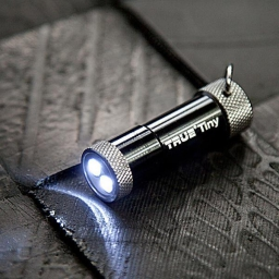 Latarka LED TinyTorch True Utility